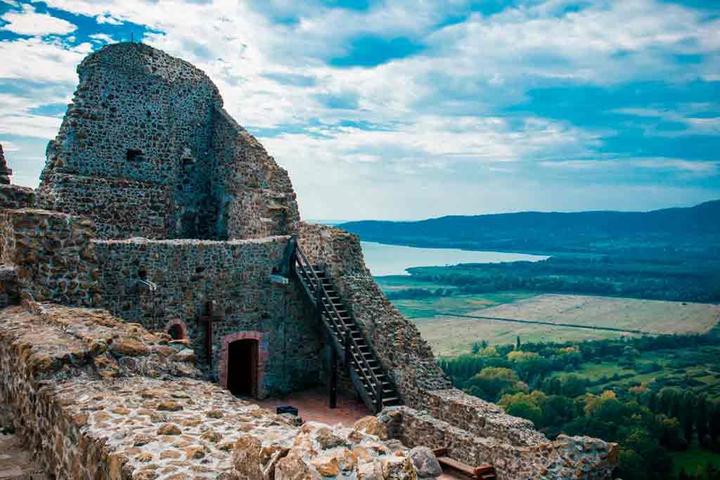 Best Hungarian Castles-Szigliget-Castle
