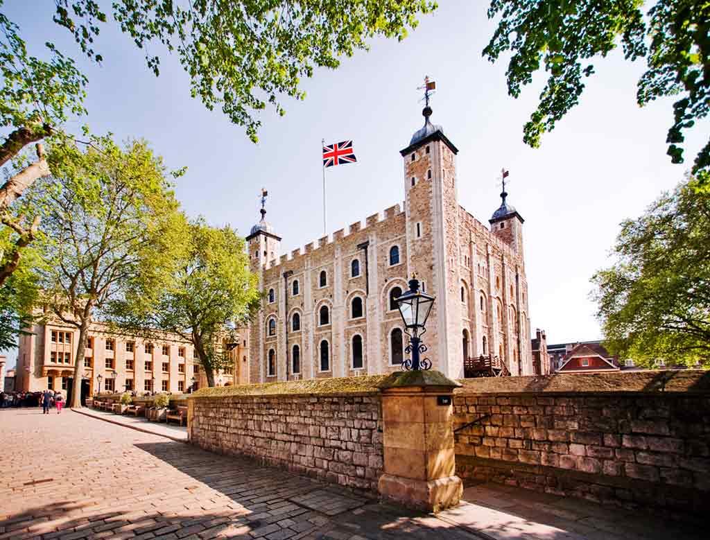 Castles near London-Tower-of-London