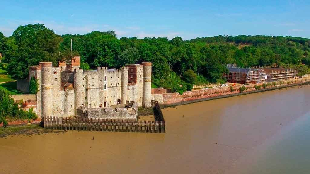 Best castles near London-Upnor-Castle