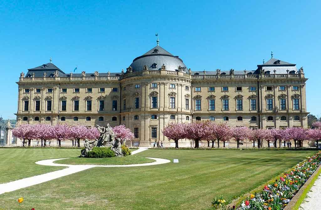Castles near Frankfurt-Würzburg-Palace