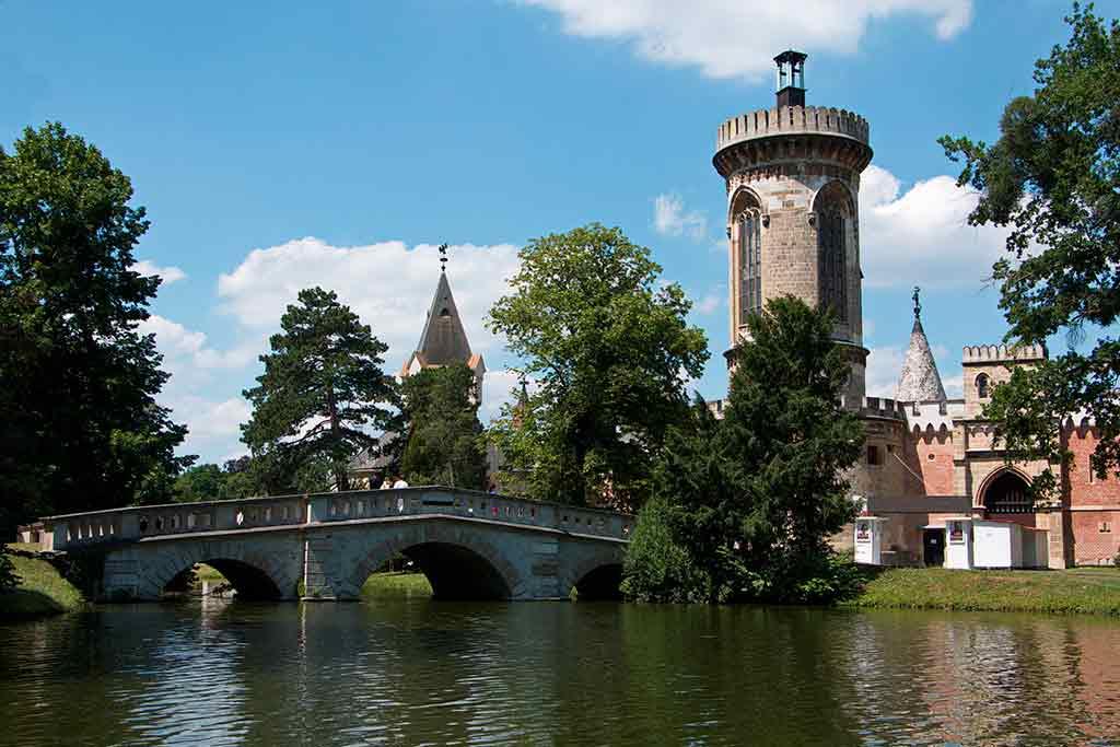 Famous Castles in Austria-Franzensburg