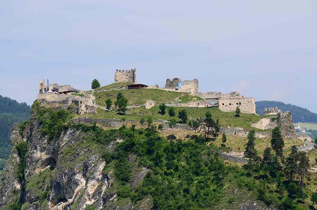 Castles in Austria-Burg-Griffen