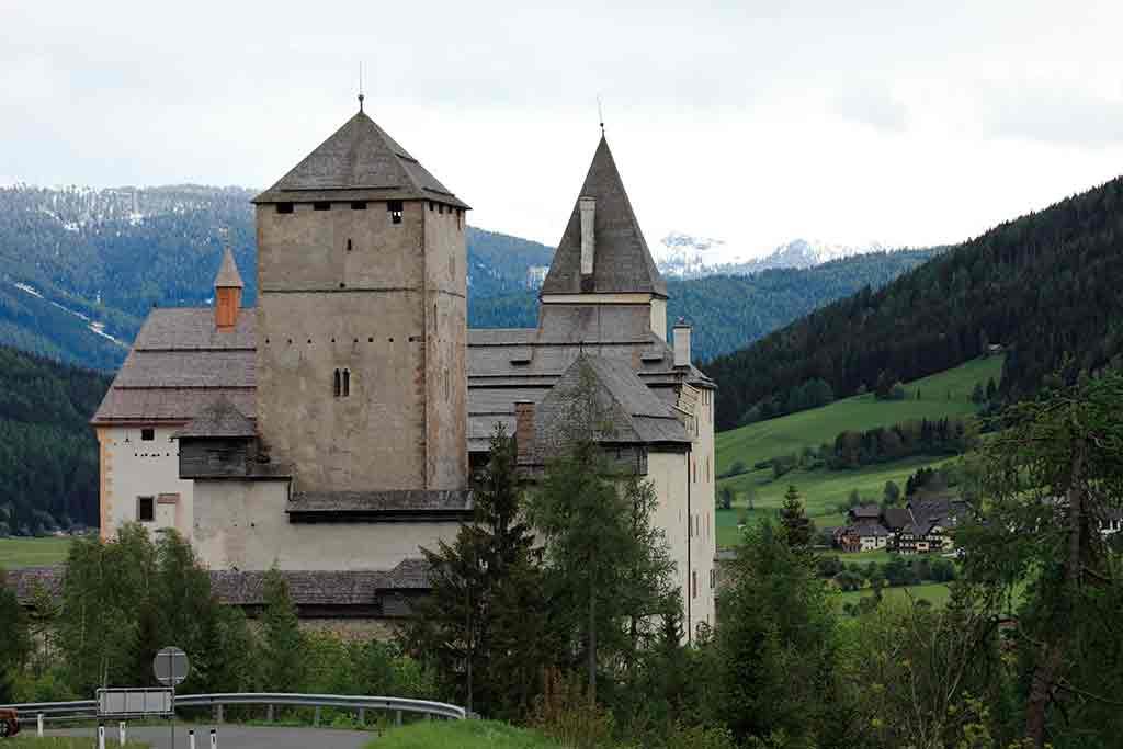 Famous Castles in Austria-Burg-Mauterndorf
