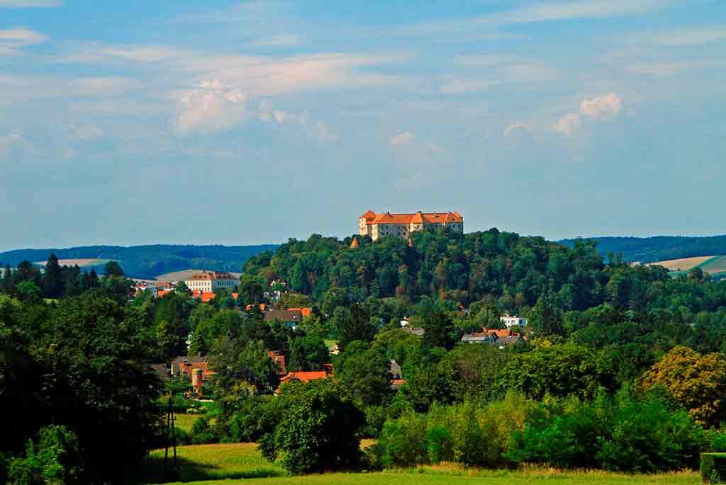Best Austrian Castles-Burg-Neulengbach