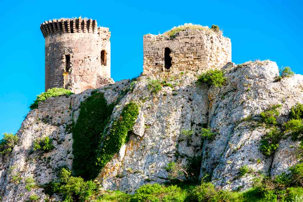 Castles in Southern France-Castles in Southern France
