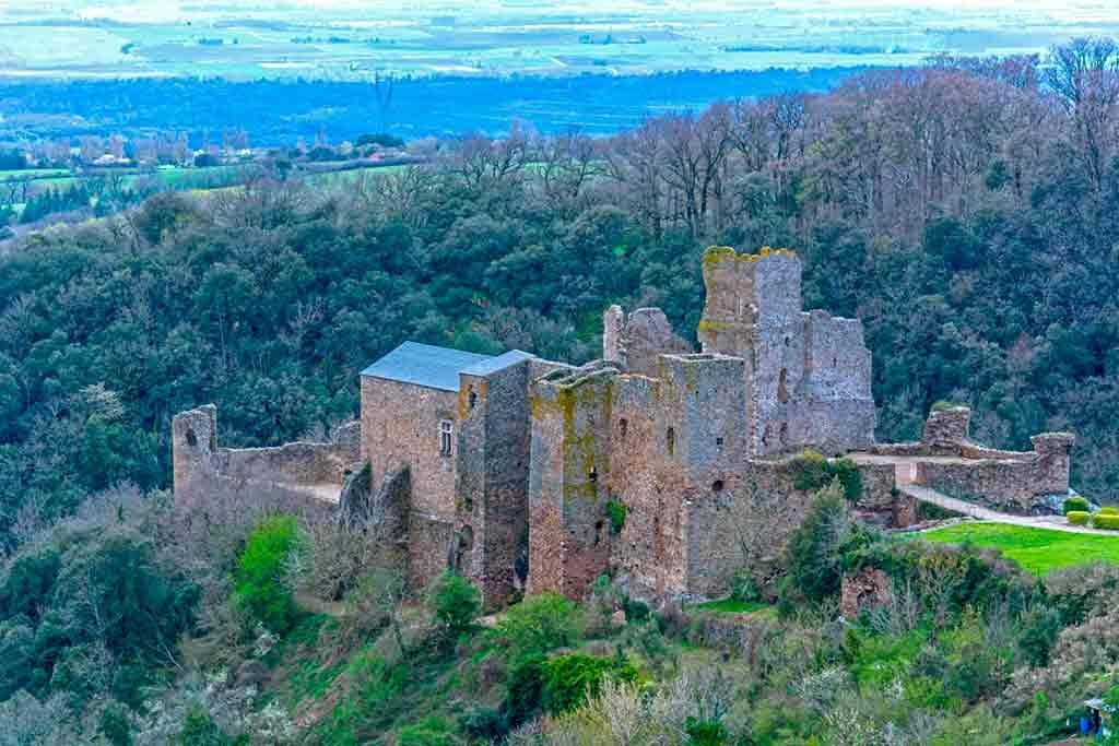 Famous Castles in Southern France-Castle-of-Saissac