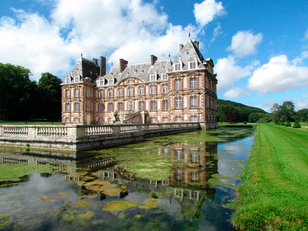 Famous Castles in Northern France-Château-Cany