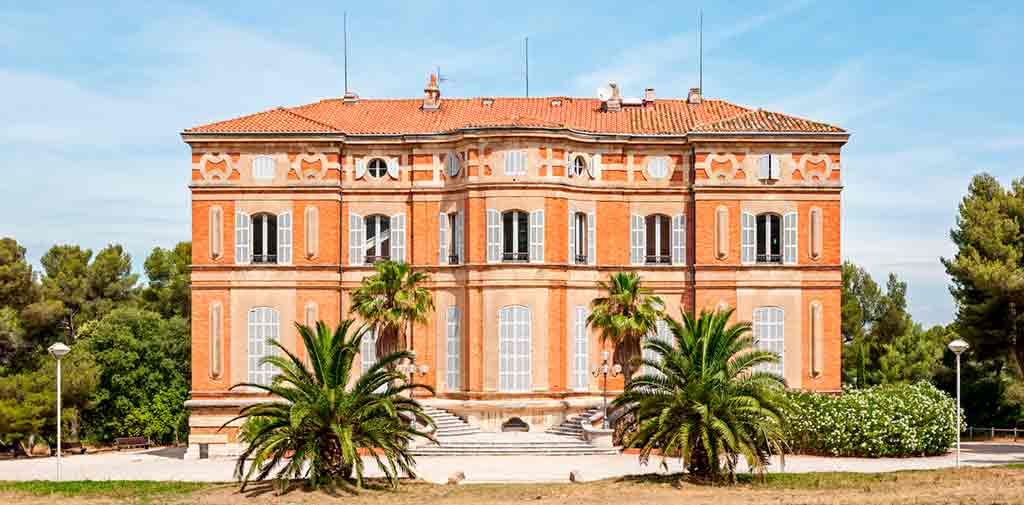 Southern French Castles-Château-Pastré--or-Chateau-de-Montredon