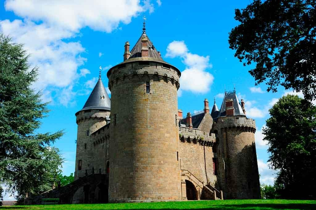 Best Northern French Castles-Château-de-Combourg