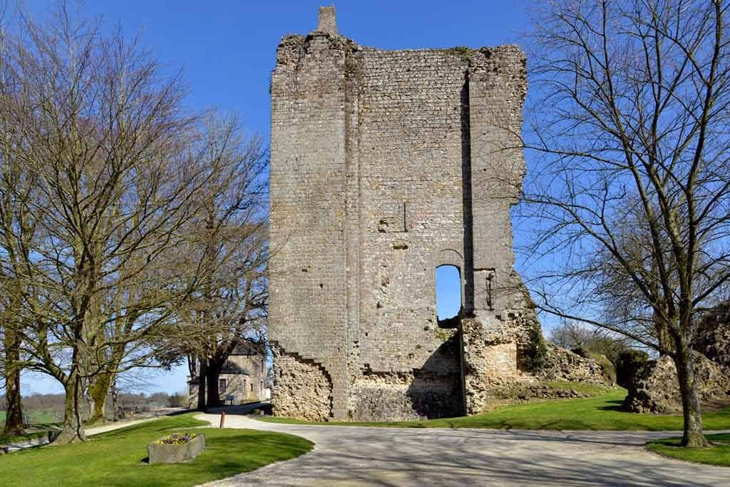 Famous Castles in Northern France-Château-de-Domfront