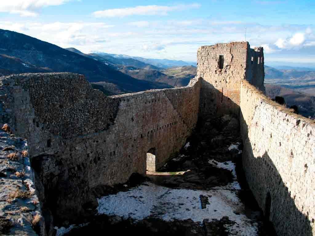 Best castles in Southern France-Château-de-Montségur