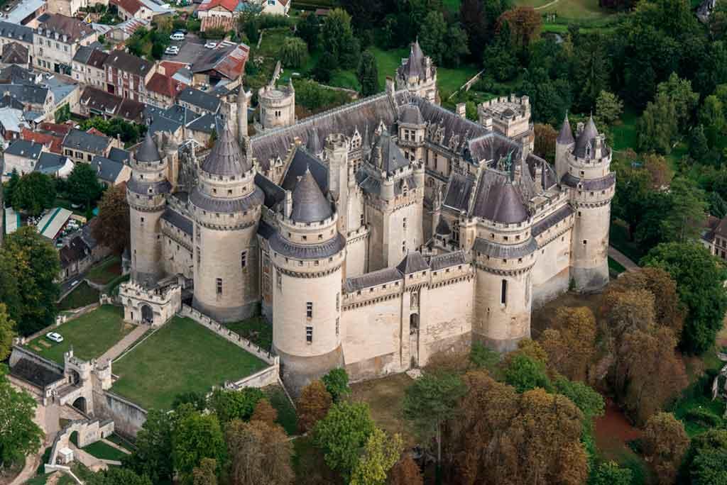 Famous Castles in Northern France-Château-de-Pierrefonds