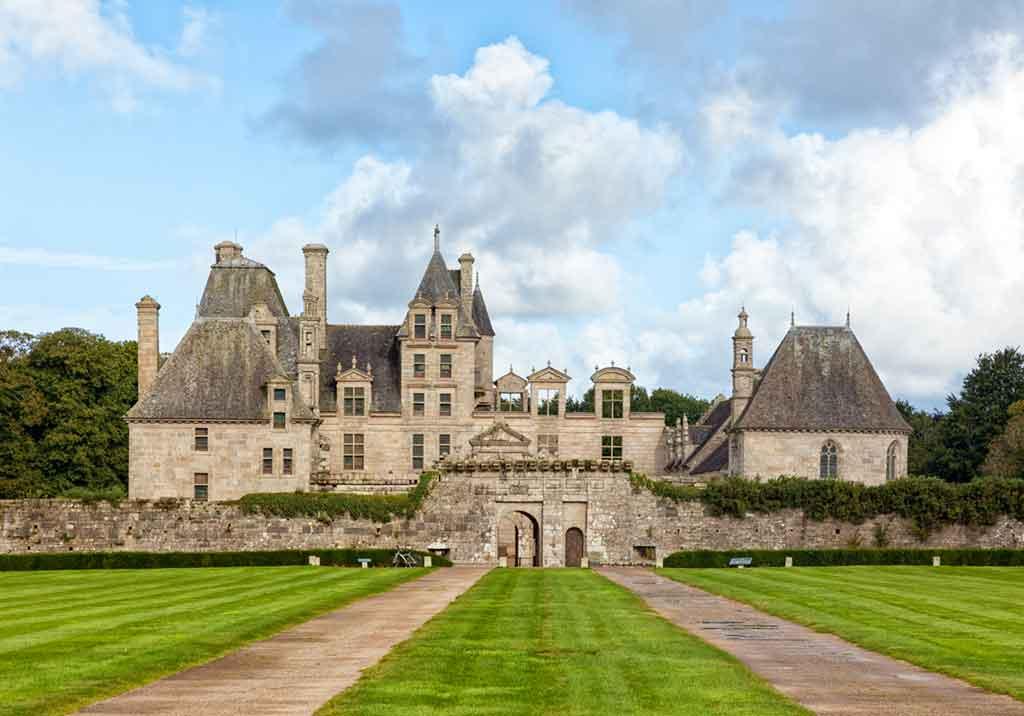 Famous Castles in Northern France-Château-de-kerjean