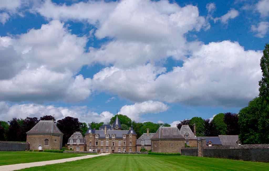 Famous Castles in Northern France-Château-de-la-Bourbansais