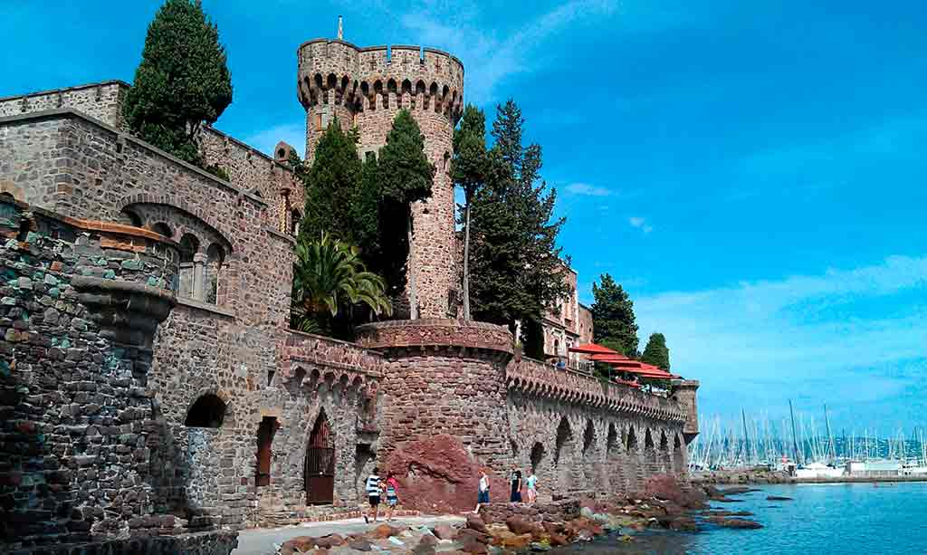 Best castles in Southern France-Château-de-la-Napoule