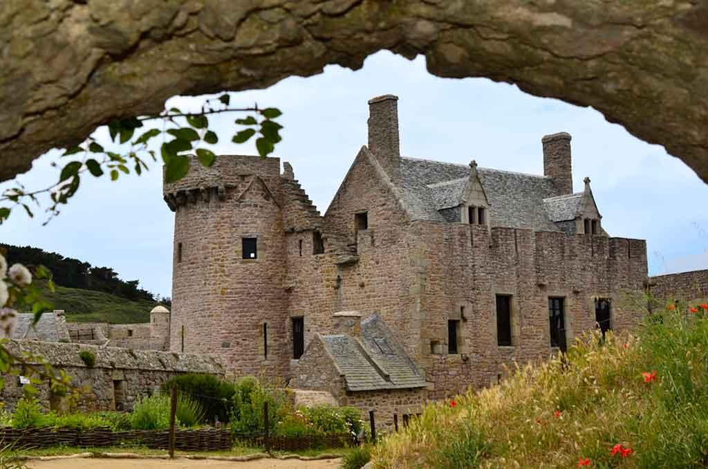 Best Northern French Castles-Fort-la-Latte