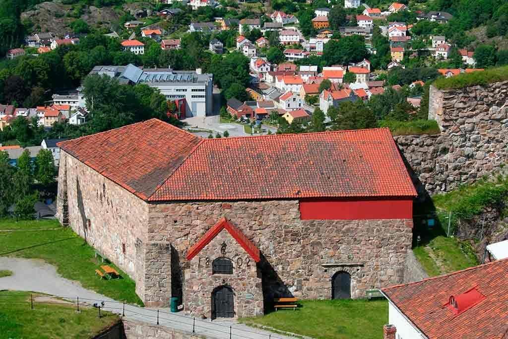 Best Norwegian Castles-Fredriksten-Fortress