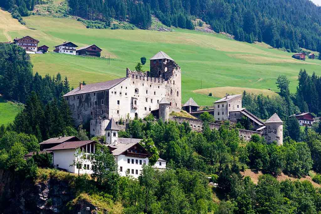 Best Austrian Castles-Heinfels-Castle