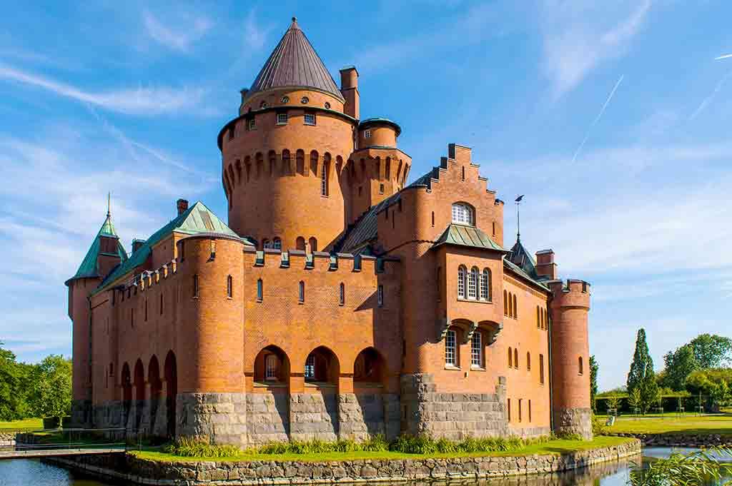 Swiss Castles-Hjularod-slott