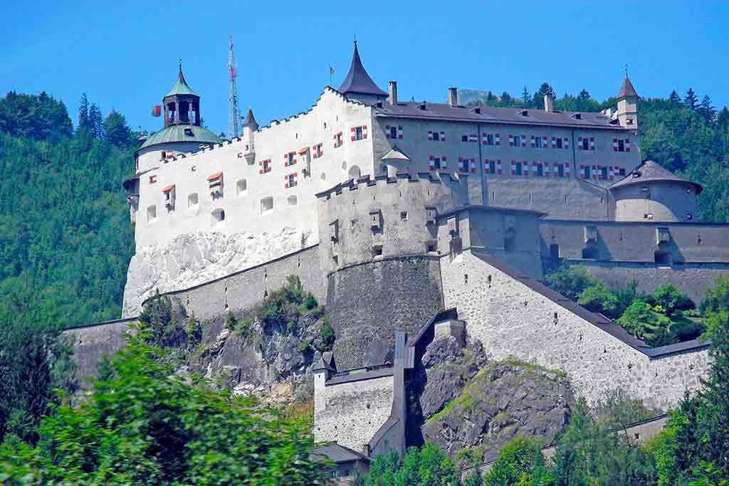 Castles in Austria-Hohenwerfen-Castle