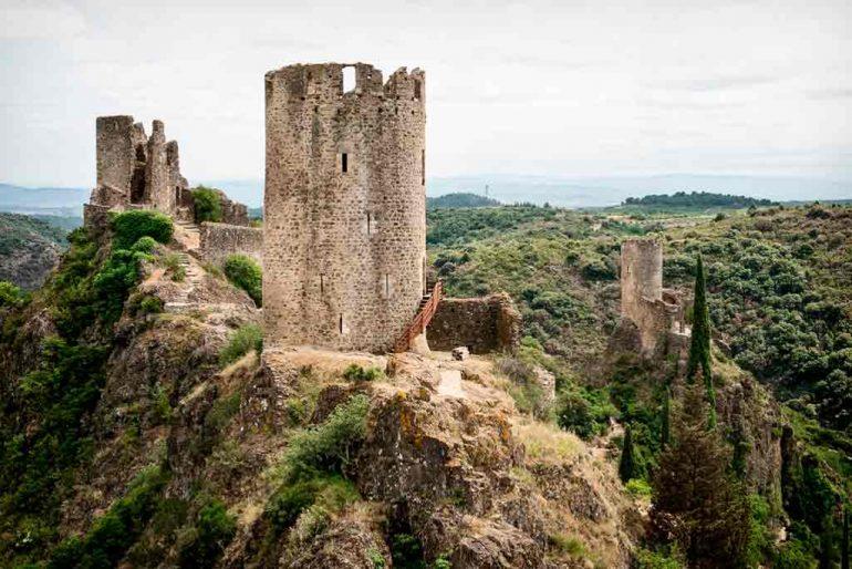 Southern French Castles-Les-Quatre-Châteaux-de-Lastours