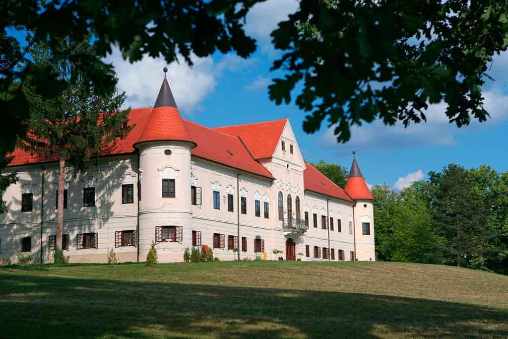 Croatian Castles-Lužnica-Castle