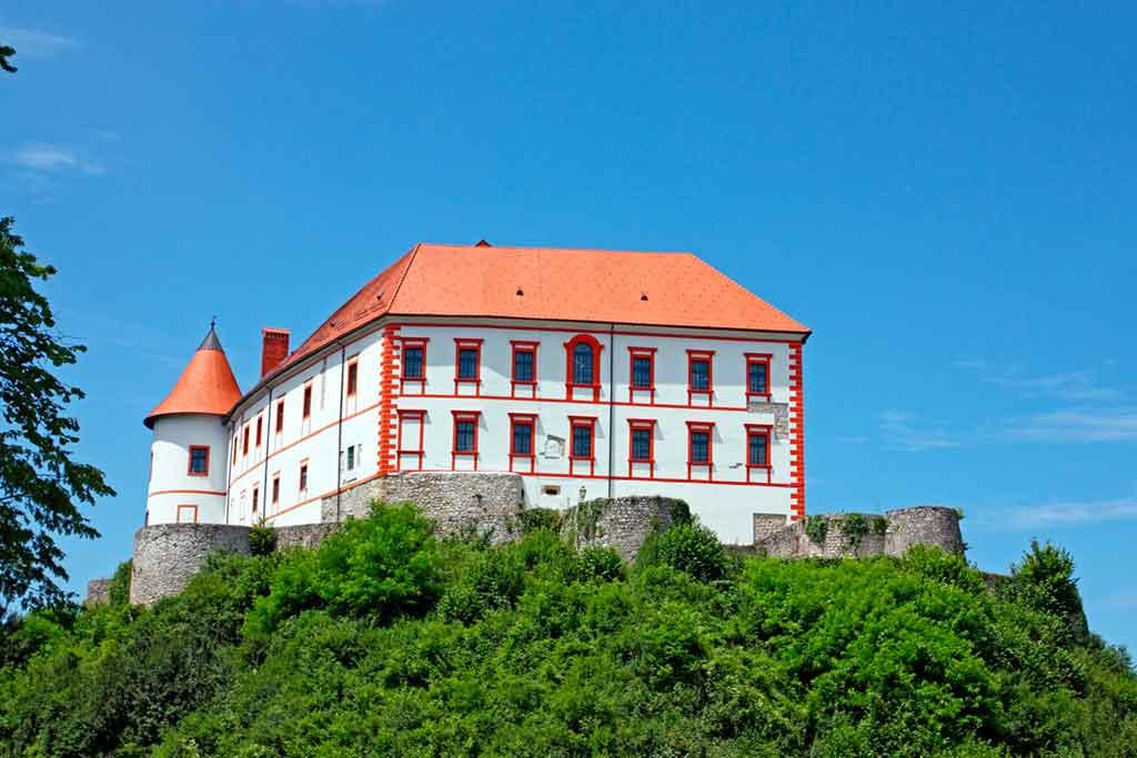 Croatian Castles-OZALJ-CASTLE