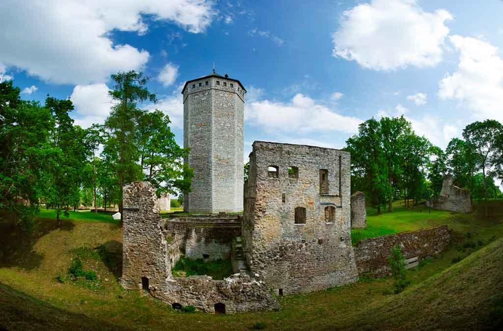 Castles in Estonia-Paide-Castle