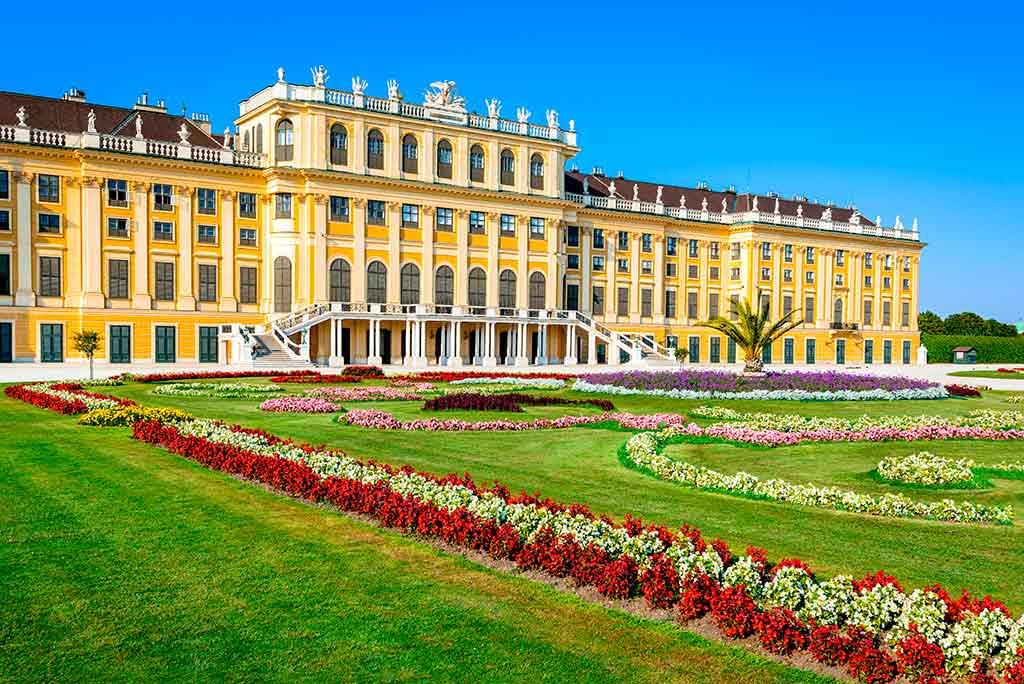 Best castles in Austria-Schloss-Schönbrunn
