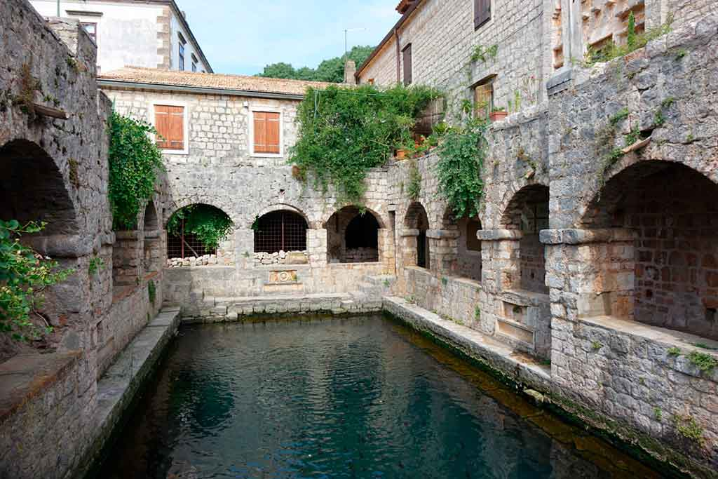 Best Croatian Castles-TVRDALJ-CASTLE
