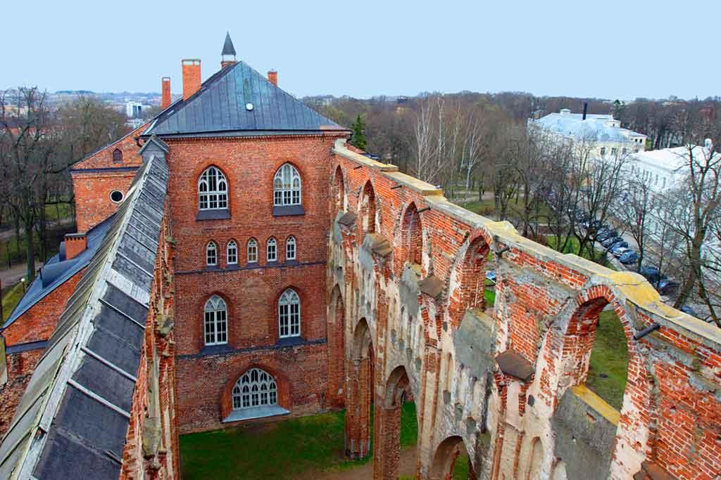 Best Estonian Castles-Tartu-Castle