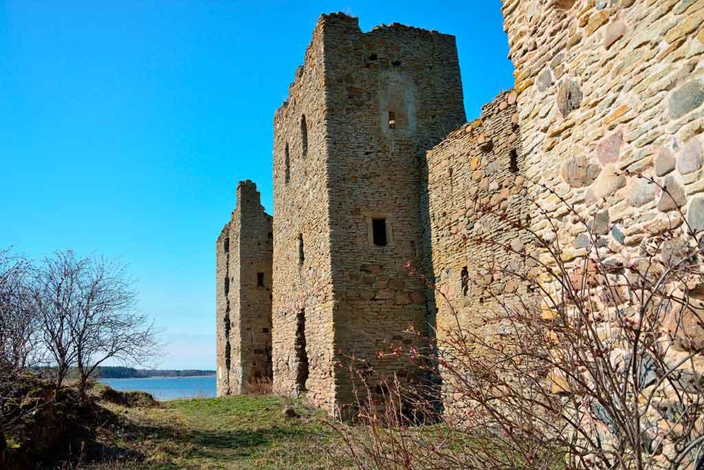 Castles in Estonia-Toolse-Castle