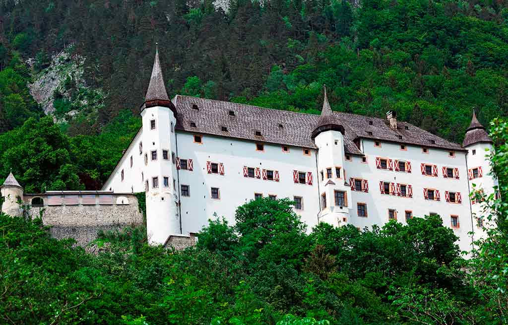 Castles in Austria-Tratzberg-Castle