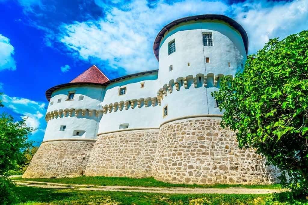 Famous Castles in Croatia-VELIKI-TABOR-CASTLE