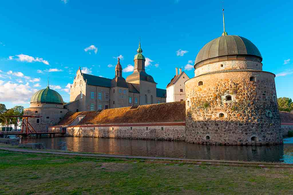 Best Swiss Castles-Vadstena-Castle