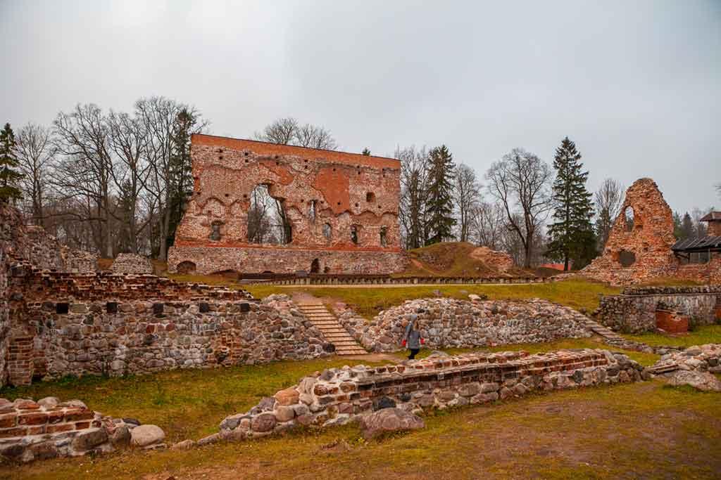 Estonian Castles-Viljandi-Castle