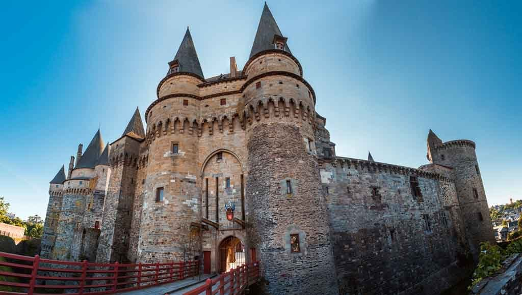 Best castles in Northern France-Vitre-Chateau