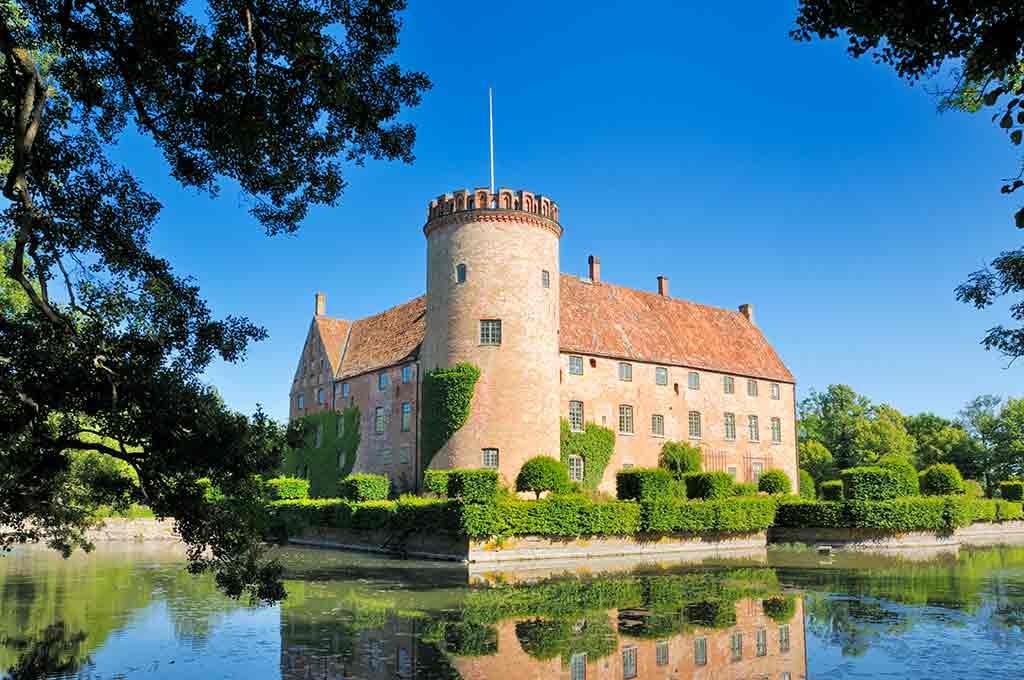 Castles in Sweden-Vittskoevle-Castle