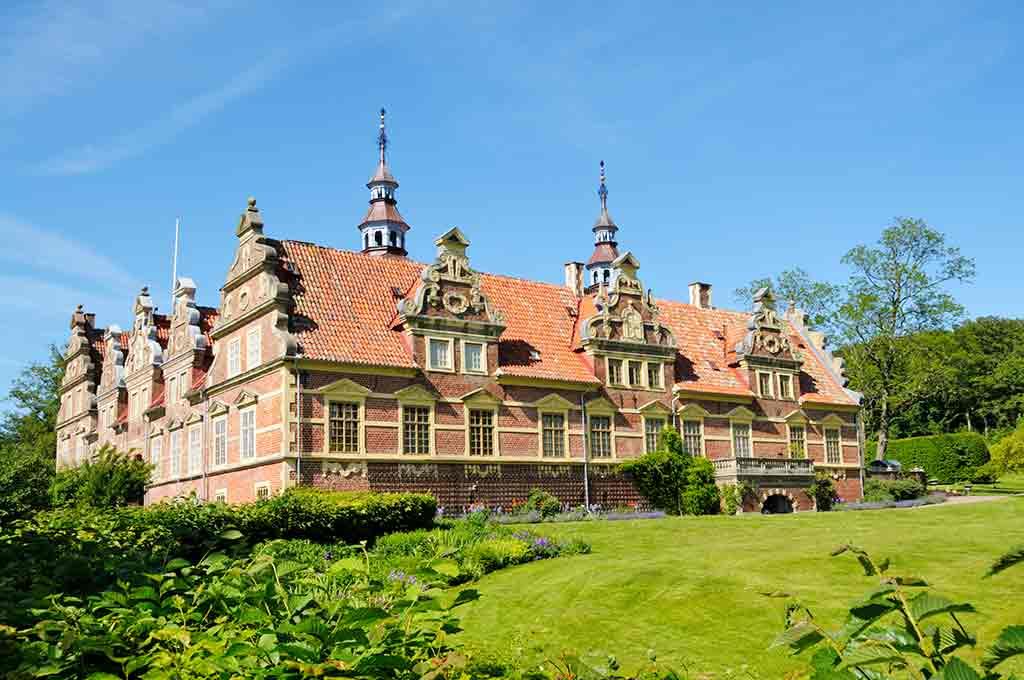 Best castles in Sweden-Vram-Gunnarstorp