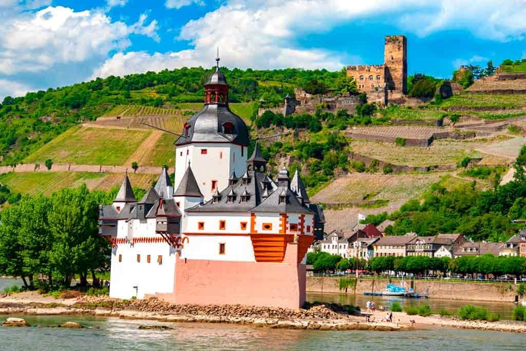 Castles in Rhine-Pfalzgrafenstein-Castle