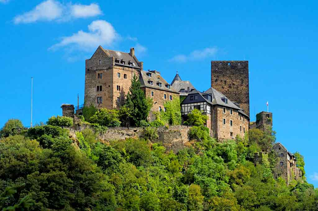 Famous Castles in Rhine-Schönburg-Castle