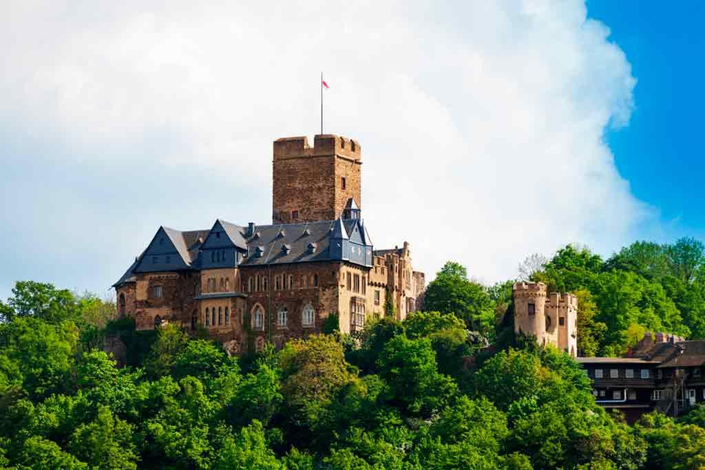 Famous Castles in Rhine-Lahneck-Castle