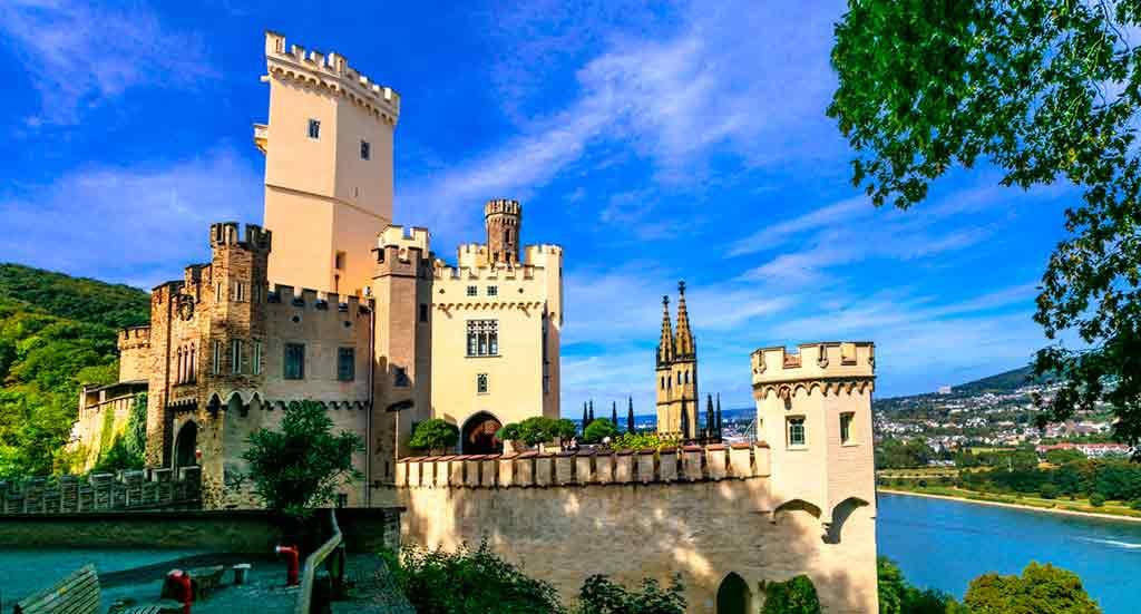 Castles in Rhine-Stolzenfels-Castle