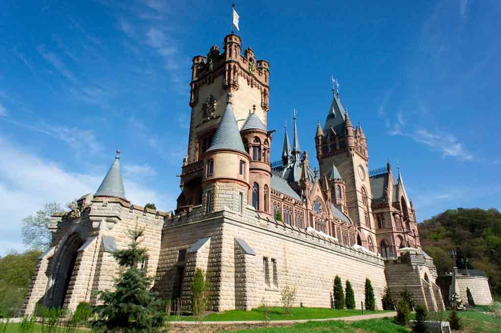 Castles in Rhine-Schloss-Drachenburg