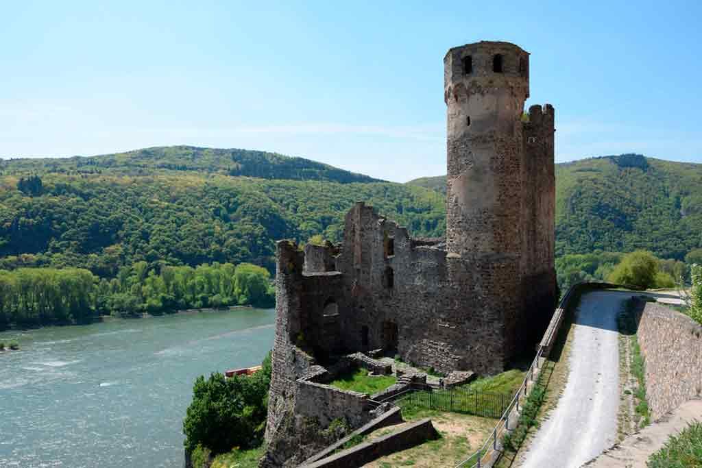 Famous Castles in Rhine-Ehrenfels-Ruin