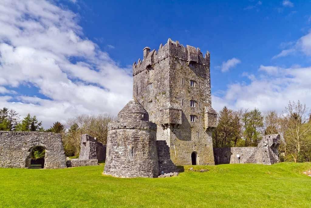 Aughnanure Castle - Tudor Castles