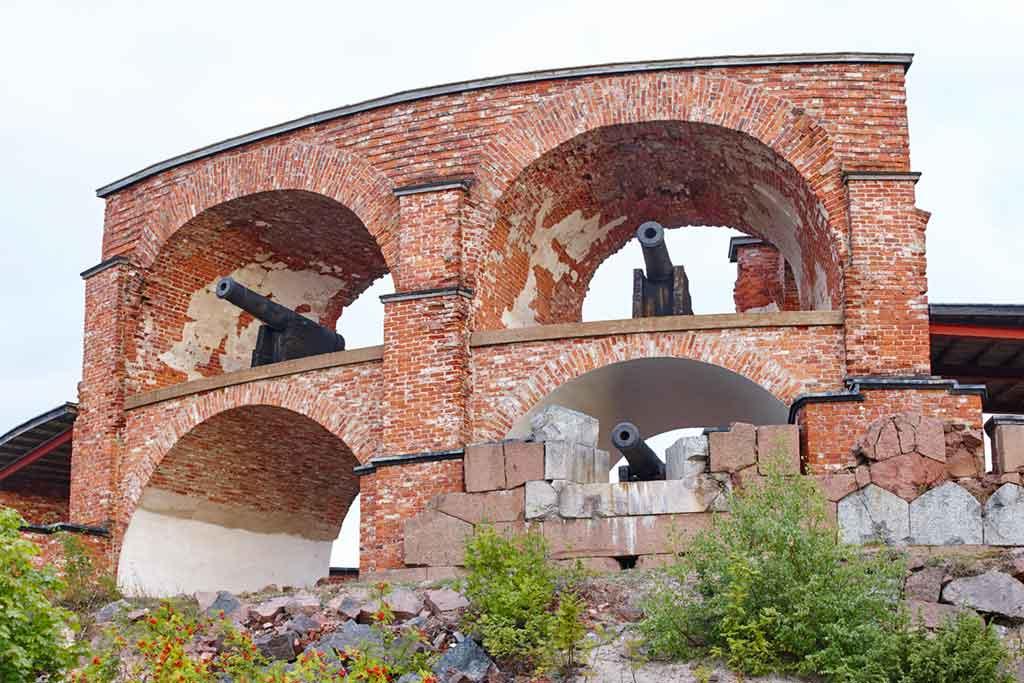 Best castles in Finland-Bomarsund-Fortress