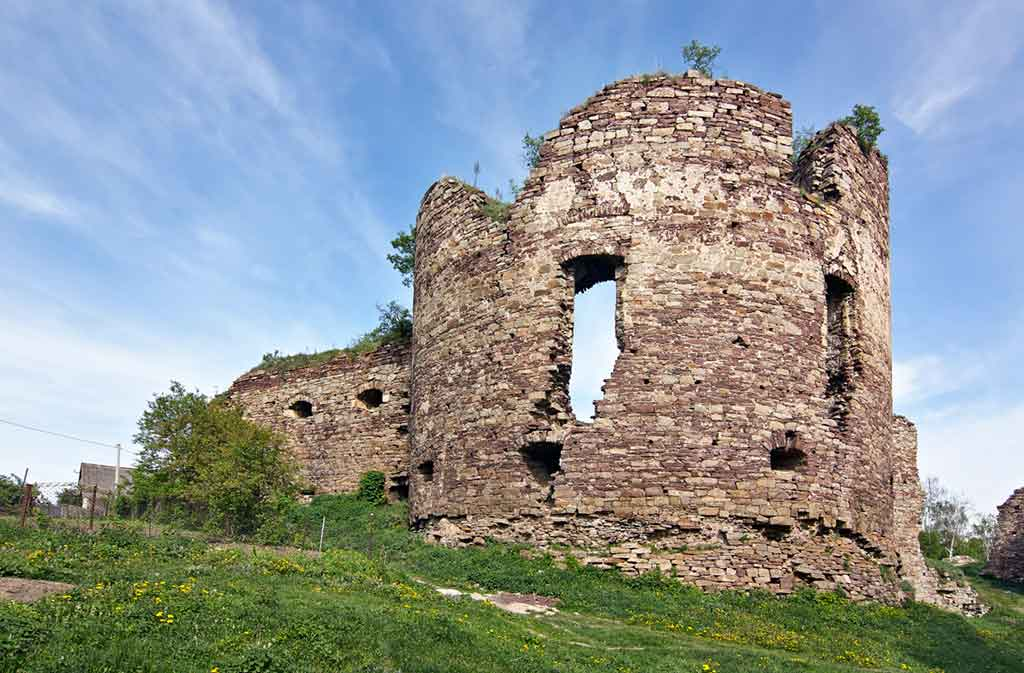 Castles in Ukraine-Buchach-Castle