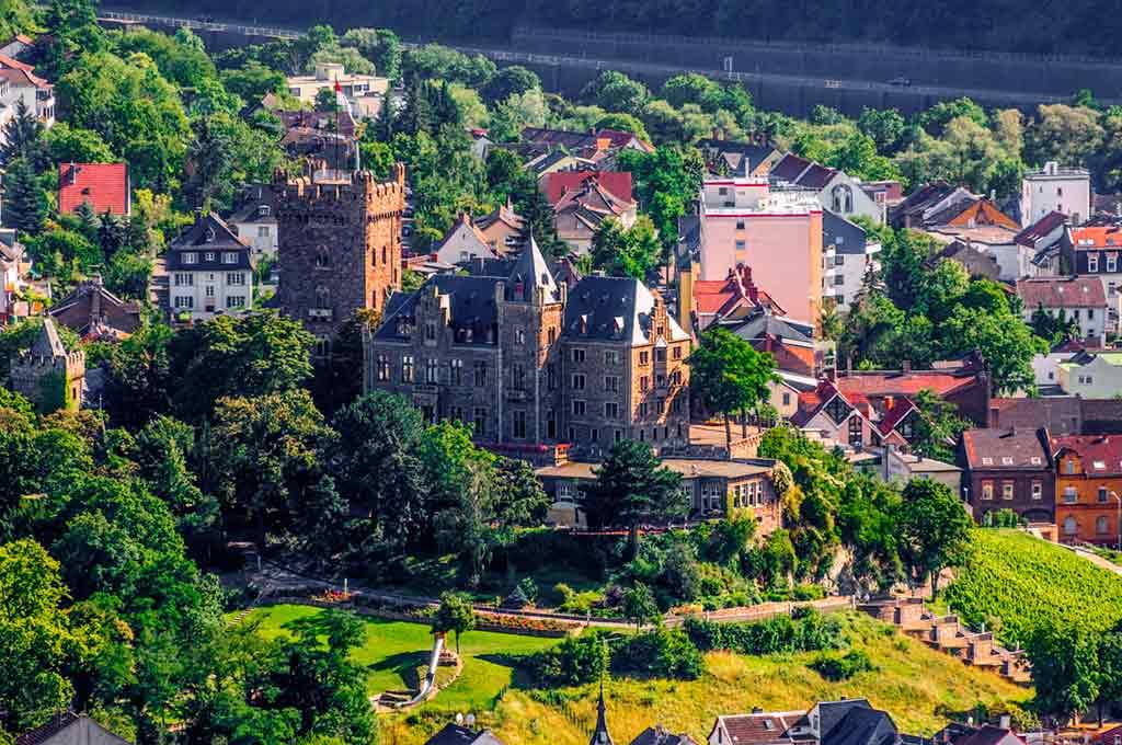 Famous Castles in Rhine-Castle-Klopp