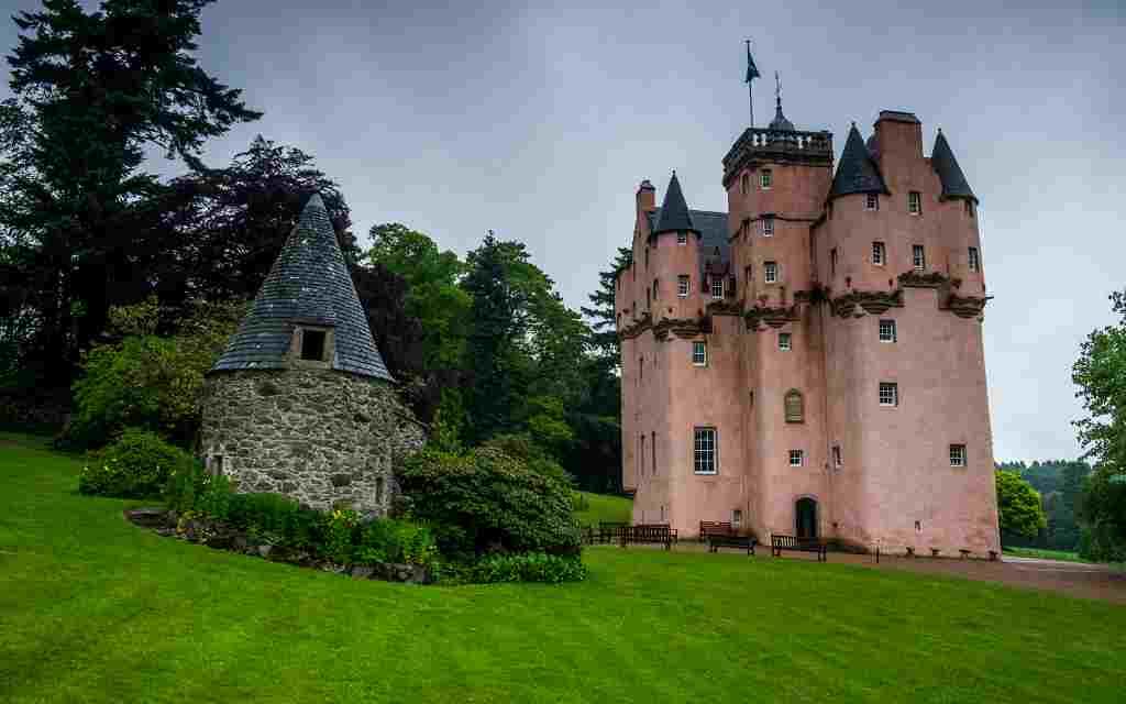 Craigievar Castle - castles near Aberdeen